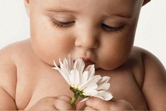 новорожденный часто срыгивает
