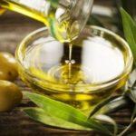 Лечим уши оливковым маслом