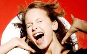 Миниатюра к статье Как лечить ларингит у взрослого, если голос «убежал»