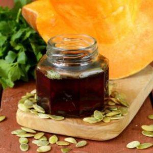 Миниатюра к статье Тыквенное масло: польза и вред, как принимать для лечения