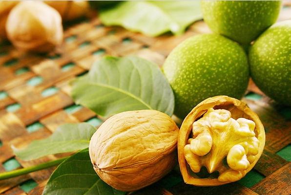 зеленый грецкий орех настойка