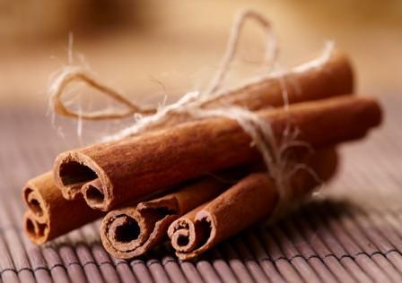 Корица молотая: польза и вред, лечебные свойства для организма, как определить качество и правильно употреблять