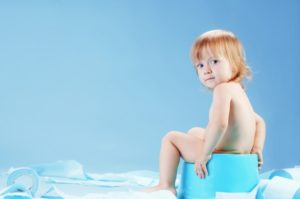 Миниатюра к статье Лечение запора у детей народными средствами: справляемся легко!