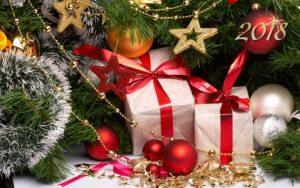 Миниатюра к статье Идеи подарков своими руками на Новый Год 2108: что можно сделать, кому и как дарить