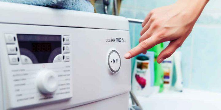 Миниатюра к статье Моей стиральной машинке 8 лет, а стирает без сбоев, как новая. Ухаживаю за ней просто, и новую покупать не собираюсь