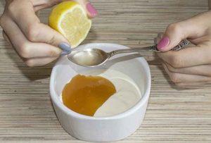 Миниатюра к статье Как лимон отлично подтягивает кожу: 4 любимые маски для 35+