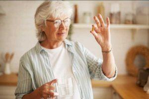 Миниатюра к статье Лучшие добавки для женщин разного возраста. Как чувствовать вкус жизни и в 25, и в 70