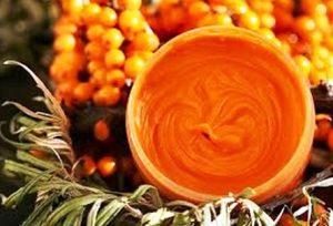 Миниатюра к статье Яркая облепиха: польза и вред ягод, лечебные свойства и применение при простуде